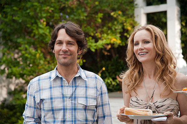 Paul Rudd and Leslie Mann show us the way of white suburbanites in THIS IS 40.
