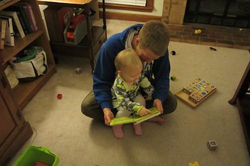 reading w/daddy