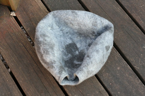 Wool Felt Cat Bed