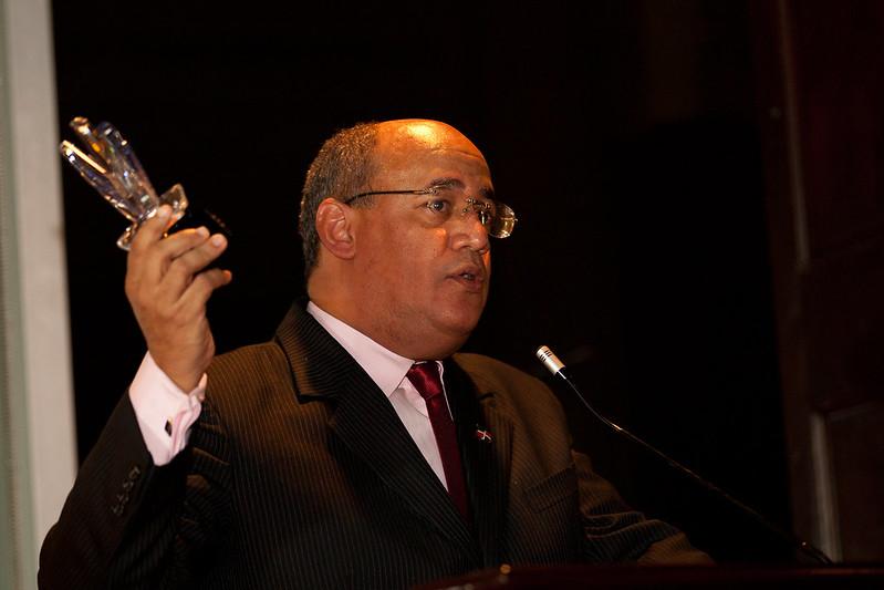 Alberto Castaños agradece por el Victory Award 2012 - Tecnología