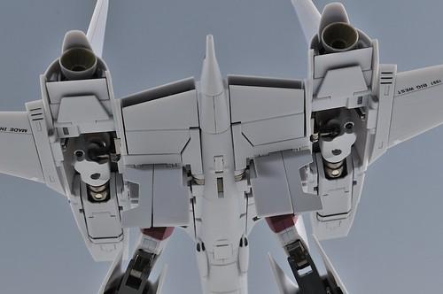 やまと 完全変形 1/60 VF-4G Lightning III 機体下部カバーフルオープン