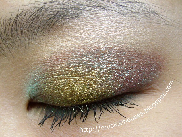 colour shifting eye look mufe holodiam 1
