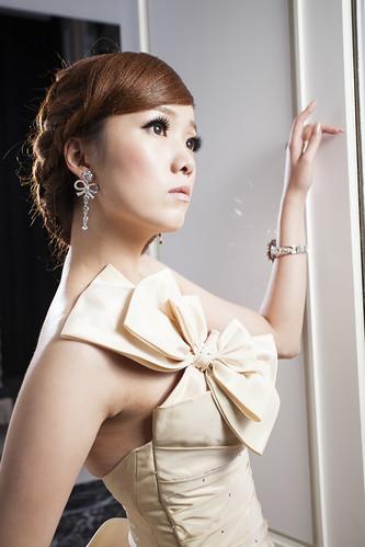 [フリー画像素材] 人物, 女性 - アジア, ワンピース・ドレス ID:201301090200