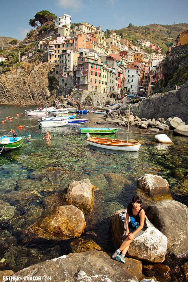 Hanging out on the rocks at Riomaggiore Marina | Cinque Terre Italy | Travel Photography