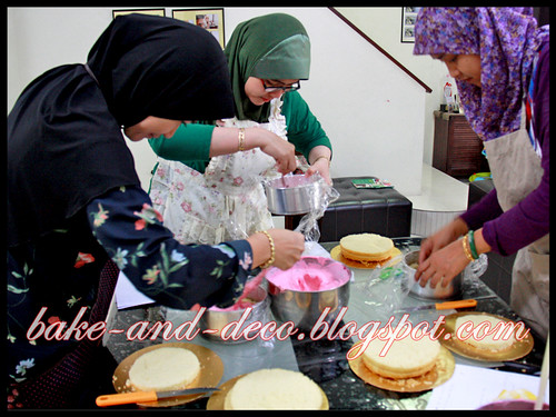 baking Class: Ice Cream Cake ~ 20 June 2012