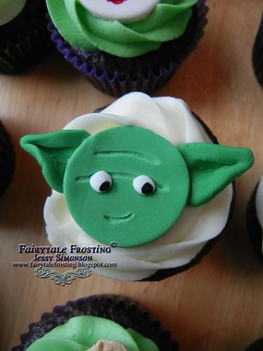 Star Wars Cupcake Yoda