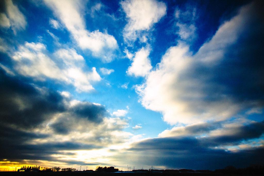 IMAGE: http://farm9.staticflickr.com/8071/8390401887_2a5dcbd8c6_b.jpg