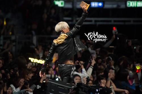 Taeyang-MAMA2014-HQs-evenmore-100-28