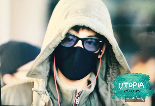 Big Bang - Incheon Airport - 10apr2015 - TOP - Utopia - 01