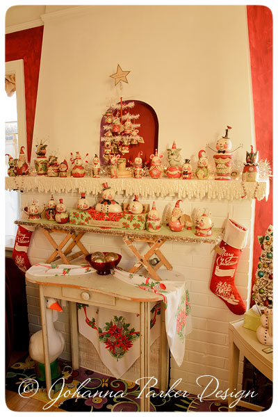 Johanna-Parker-Santa-Originals-on-Mantel