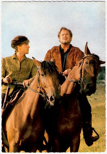 Götz George, Walter Barnes, Unter Geiern