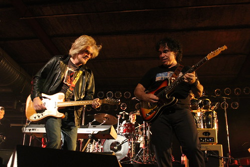 Hall and Oates 040