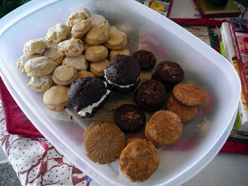 2012-12-17 - Leftover Cookies FOR ME! - 0003