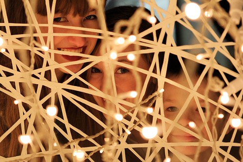 Three kids by light ball_2960