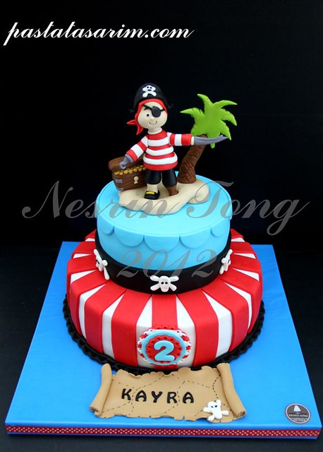 pirates cake (Medium)
