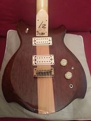 """Guitare """"Country"""" SV300 (Matsumoku ? Kasuga ?)"""