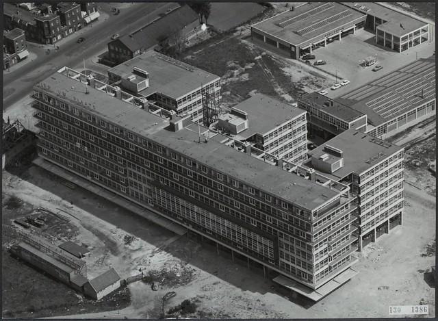 Zuidplein Verzamelkantoor voorkant 1960