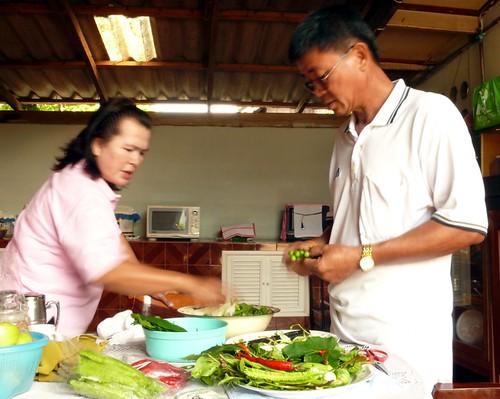 המורים שלי בצ'יאנג ראי מכינים קארי