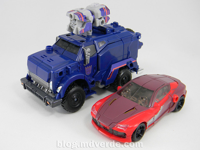 Transformers Breakdown Voyager - Prime Arms Micron - modo alterno vs Knock Out