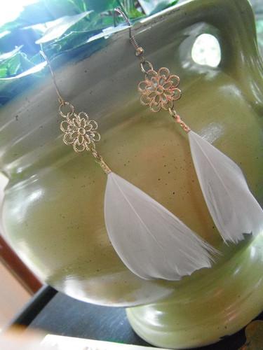 Feather earrings =3