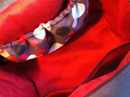 Intérieur sac rouge/multispots