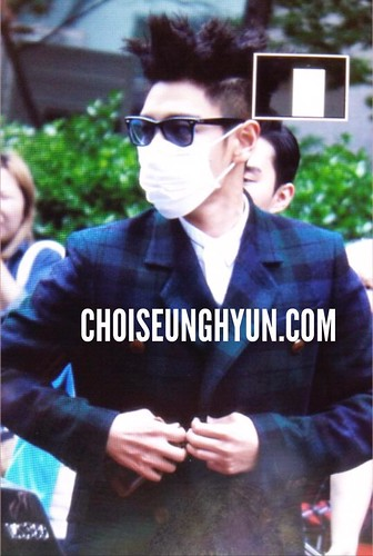 BIGBANG KBS Music Bank arrival 2015-05-15 cr on pic 005