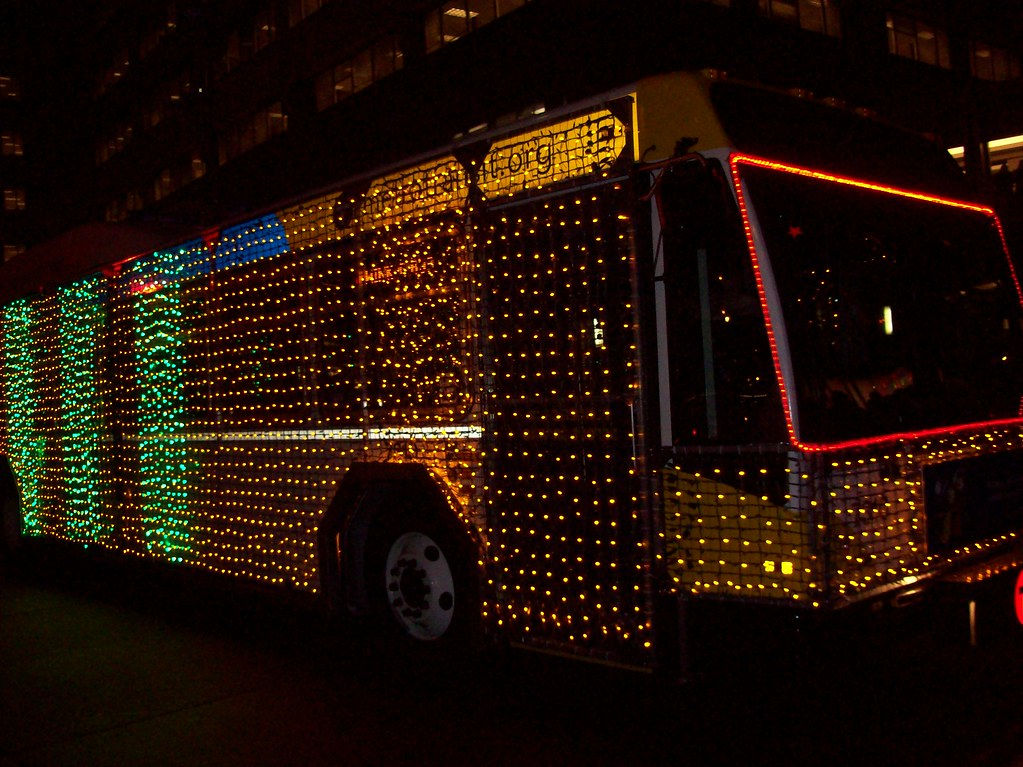 Hollidazzle bus