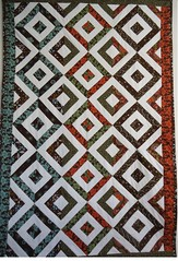 Double hour glass quilt / Fabric Traditions