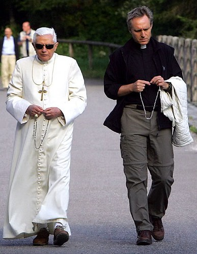 Pope_Benedict_MsgrGeorgGanswein