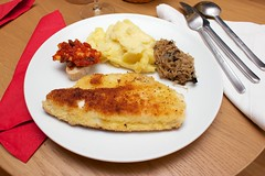 meal, breakfast, fried food, vegetarian food, schnitzel, food, dish, scrambled eggs, cuisine,