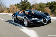 automobile(1.0), bugatti(1.0), wheel(1.0), vehicle(1.0), performance car(1.0), automotive design(1.0), bugatti veyron(1.0), land vehicle(1.0), luxury vehicle(1.0), supercar(1.0), sports car(1.0),