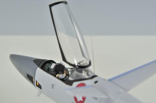やまと 完全変形 1/60 VF-4G Lightning III コックピット