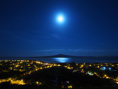 new city light sea moon reflection night landscape island volcano scenery long exposure mt gulf north olympus victoria moonlit auckland zealand shore nz shutter omd devonport rangitoto hauraki waitemata 2013 em5