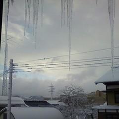 窓から見た氷柱80センチくらい