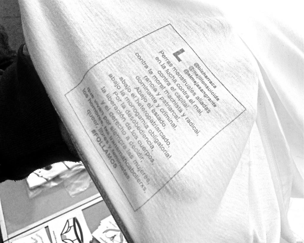 Camisetas Bicharraca y MejillónSuicida