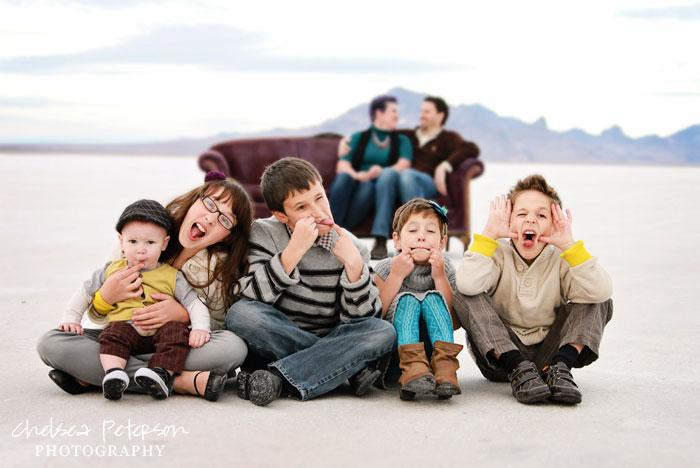 salt-flats-family-pictures-chelseapetersonphotography.com