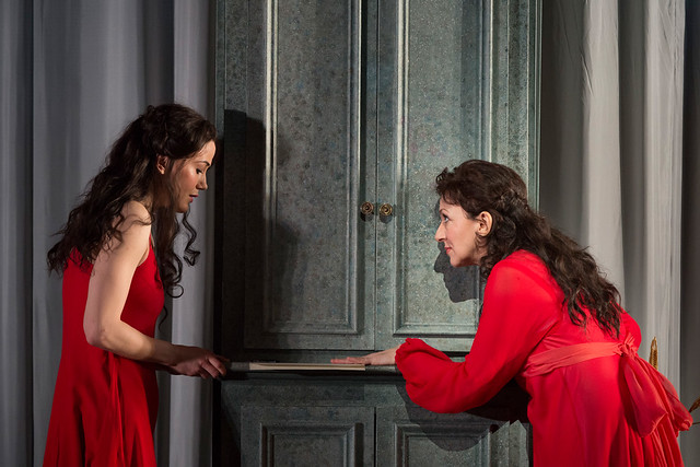 Krassimira Stoyanova as Tatyana and Vigdis Hentze Olsen as Young Tatyana in Eugene Onegin © ROH / Bill Cooper 2013