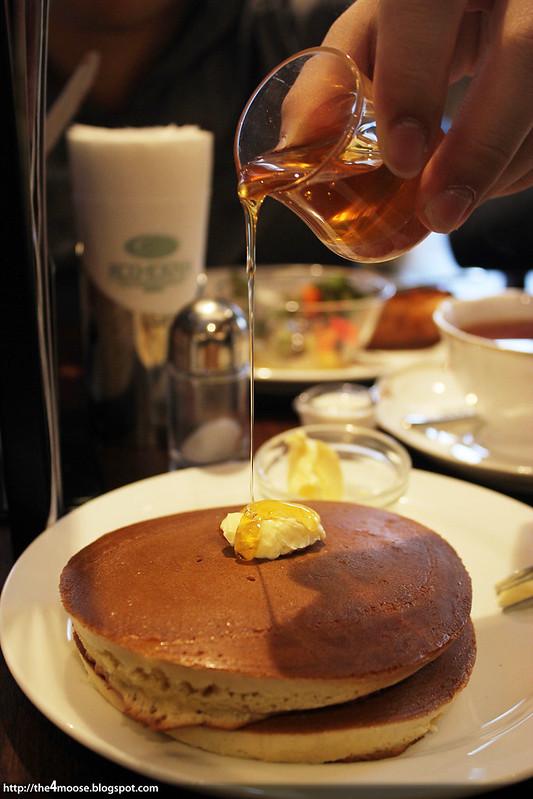Kohikan - Pancakes with Honey