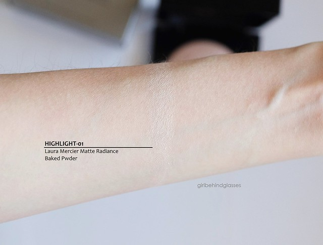 Laura Mercier Matte Radiance Baked Powder Highlight-01 swatch