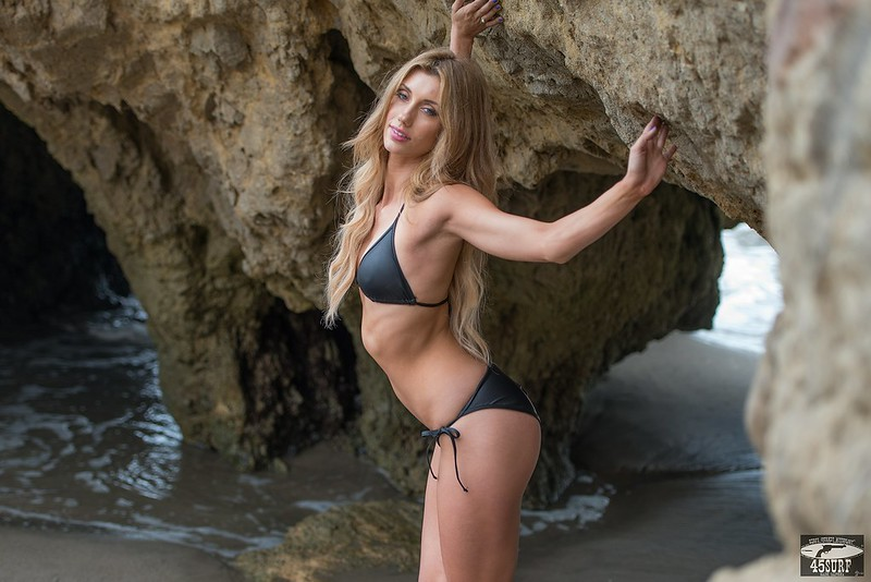 Nikon D800 Photos of Beautiful Blonde  Swimsuit Bikini Model Goddess!