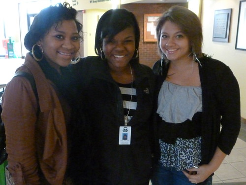 Jimetta and Ciara with current Marshall student (center)