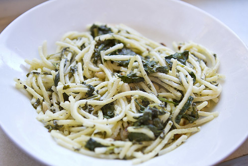 lemony pasta with goat cheese