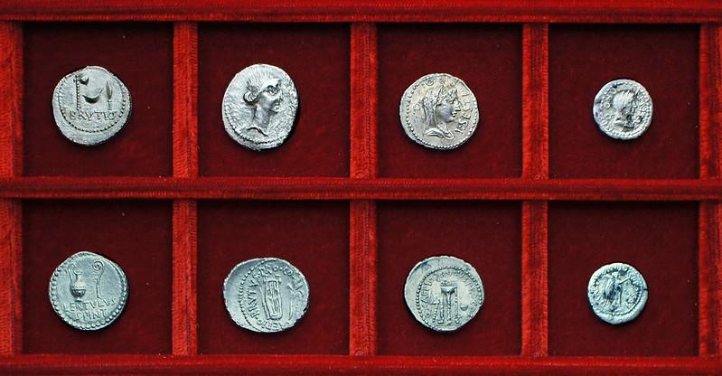 RRC 500-7 BRVTVS LENTVLVS Brutus, Cornelia RRC 501 CAEPIO BRVTVS Brutus, RRC 502 Q.CAEPIO BRVTVS L.SESTI Brutus, Sestia, Ahala collection Roman Republic
