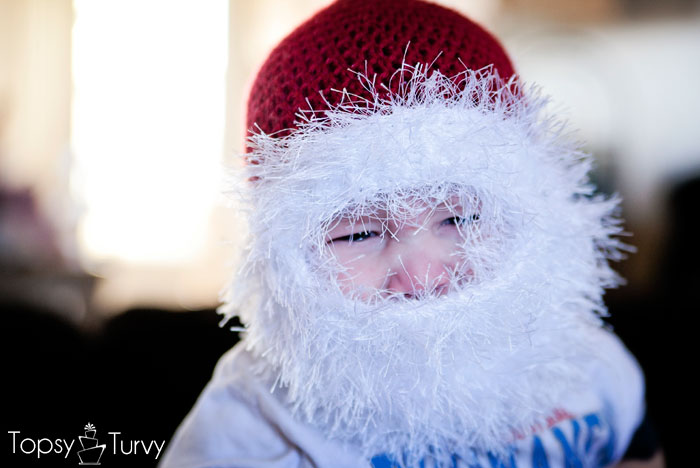double-loop-crochet-santa-beard-hat-fun-fur