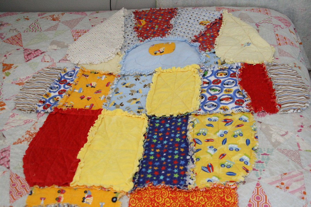 doggy raggy quilt