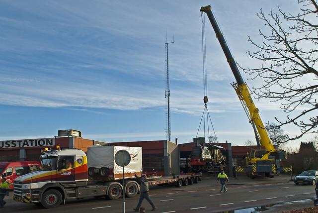 20121228 Plaatsing Locomotief GKC