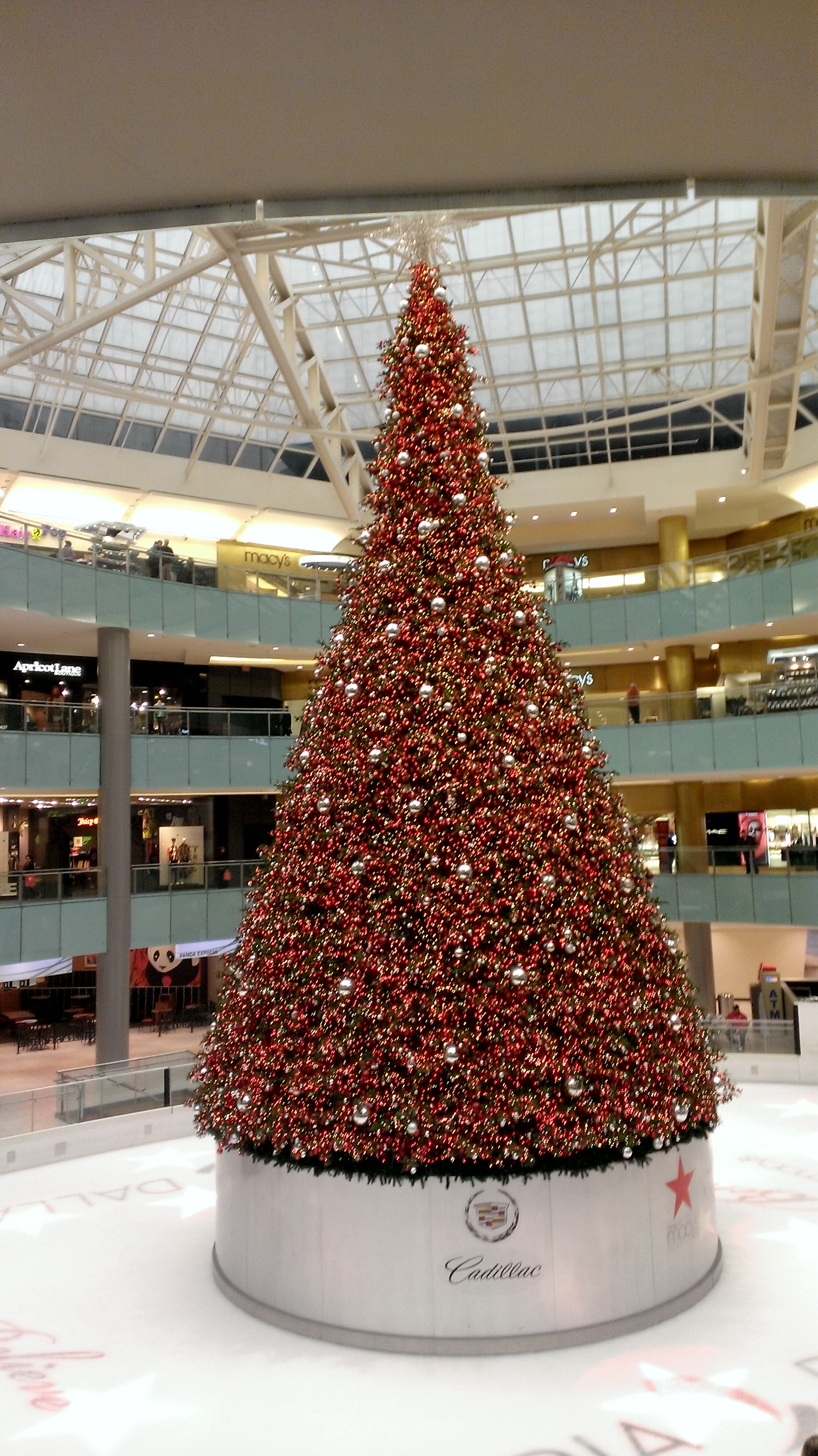 Westin Galleria Christmas Tree