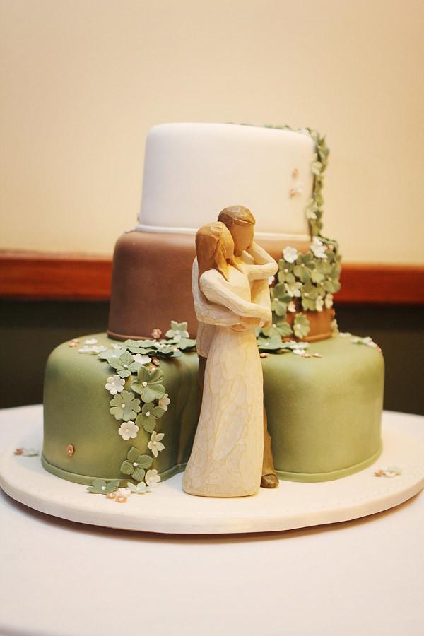 Cake Decorating Course Toowoomba : Novelty Wedding Cakes Toowoomba Wedding Cakes Wedding ...