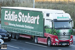 Mercedes-Benz Actros MP4 4x2 Tractor - GK12 UAC - Paige Ann - Green & Red - Eddie Stobart - M1 J10 Luton - Steven Gray - IMG_0631