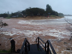 Moneys Creek, Sthn end of Kelly's Beach, Bargara - at the peak of the high tide associated with the ex cyclone Oswald. (Compare this to my pic from the same spot for the King Tide coverage!)